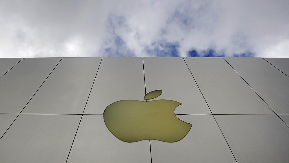 Are plans for Apple's electric car shifting gear after 'private' talks with battery suppliers?