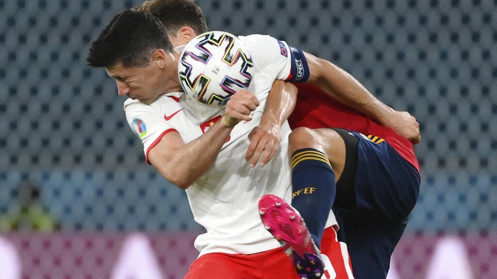 Euro 2020: Lewandowski gives Poland 1-1 draw against Spain